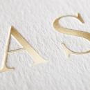 Faire-part de mariage Initiales gravées en or